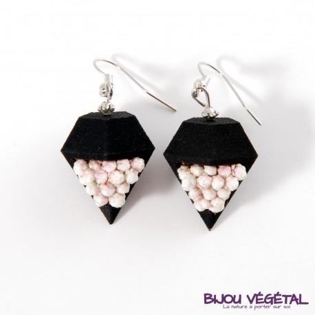Boucles d'oreille diamant poirier noire avec petites fleurs blanches