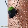 Collier amphore noir avec du lichen permanent
