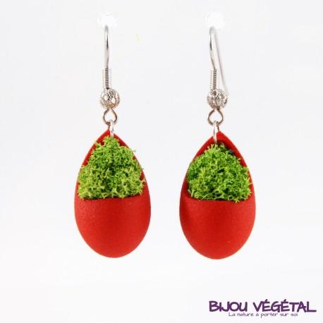 Boucles d'oreille goutte bordeau avec végétal